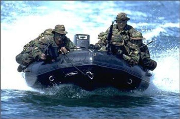 Navy seals knivar