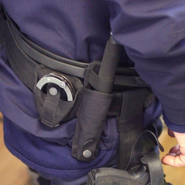 Polis mjukt batong hölster