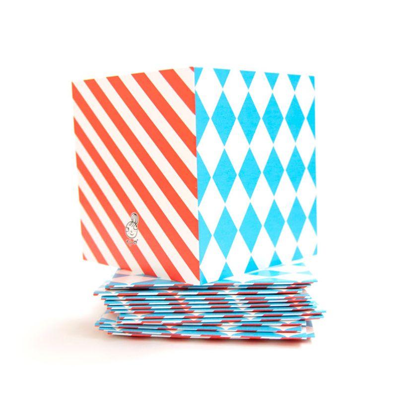 Mönsterkort Litet ljusblå romb