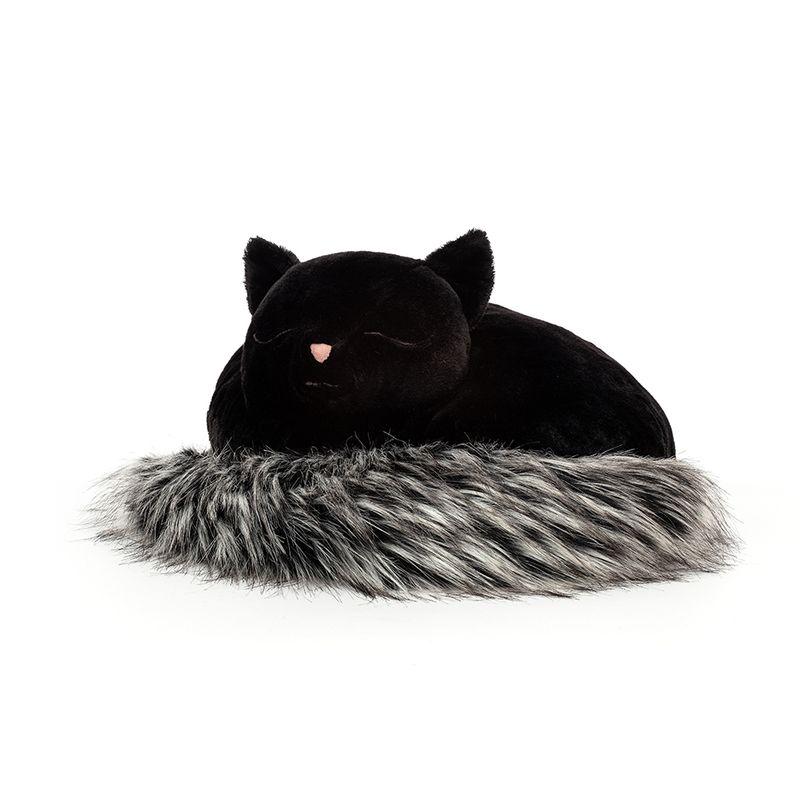 Nestie Cat