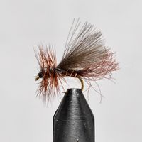 Emerger Brown size 14