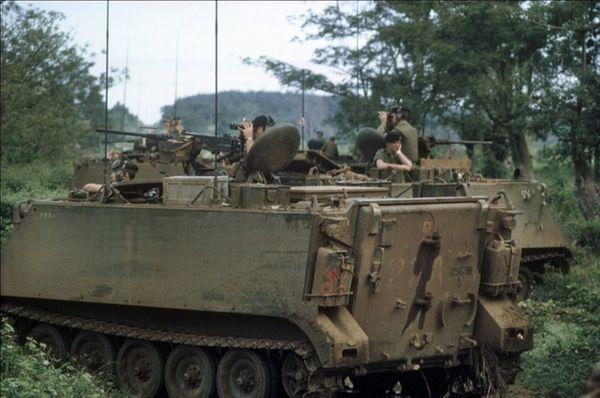trupptransportfordon från Vietnamkriget