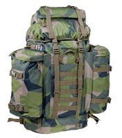 80-liters M90 ryggsäck i svenska försvarets kamouflage