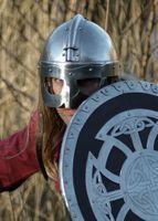 Viking hjälm i 2 mm stål - Battle ready replika
