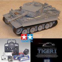 Tiger 1 radiostyrd tank från TAMIYA i en avancerad byggsats