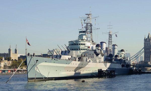 COBI-4821 - HMS Belfast - Light Cruiser - WWII Byggmodell