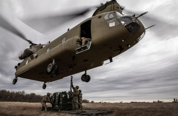 CH-47 Chinook transport helikopter byggsats