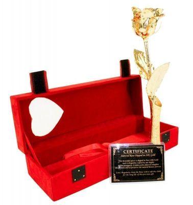 Ros Doppad i 24k Guld med Stativ (röd ask)